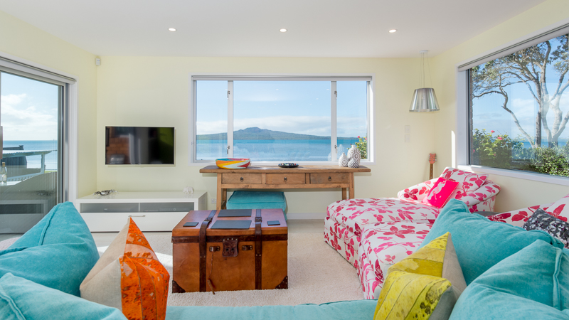 Complete Renovation On Cheltenham Beach developer in Oxford Terrace, Auckland